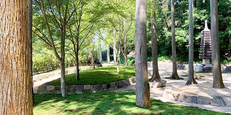 櫟野寺樹木葬墓苑